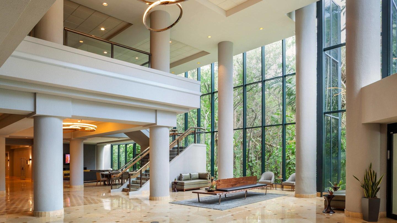 Lobby Area - Fort Lauderdale Marriott North